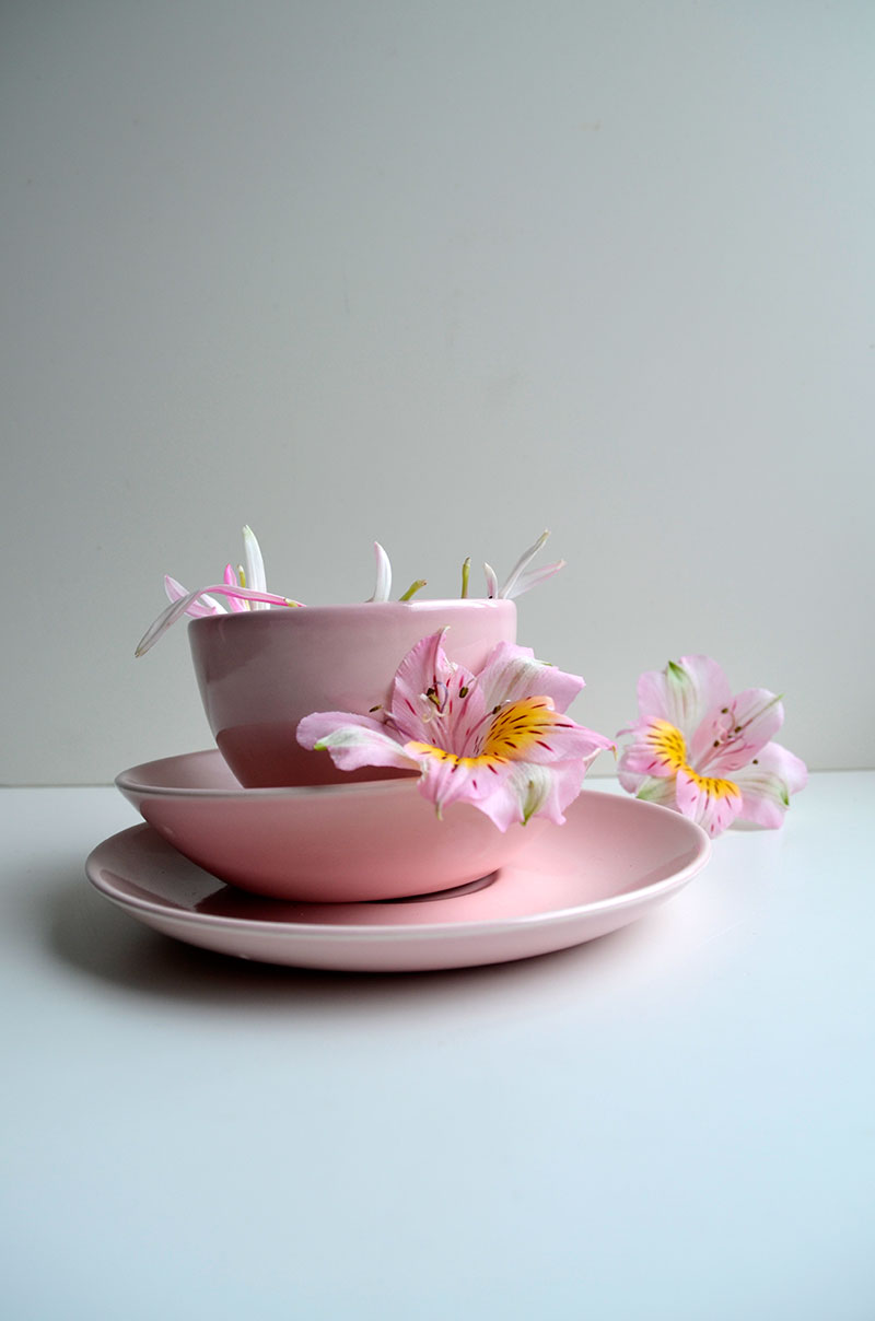 Vintage pink tea cup / totally by design