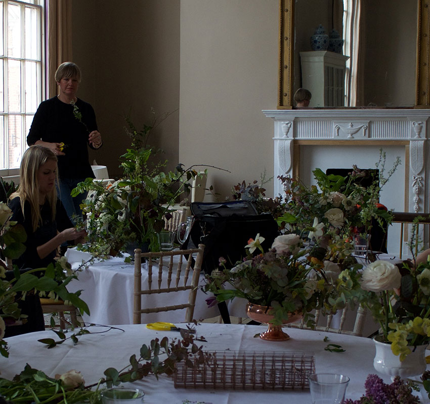 Flower arranging workshop | totallybydesign.com