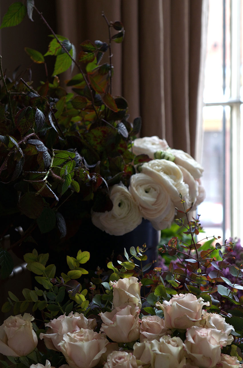 Roses an bramble | totallybydesign.com