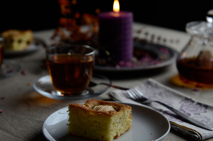 Holiday tea and cake | totallybydesign.com