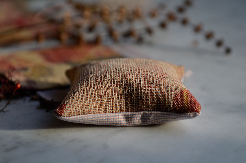 Fragrant sachet | totallybydesign.com